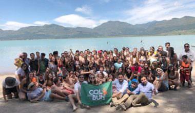 Alumnos UAI recuperan espacios públicos en Colbún