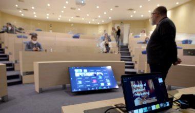 UAI inicia formato de clases híbridas a través de sus programas MBA